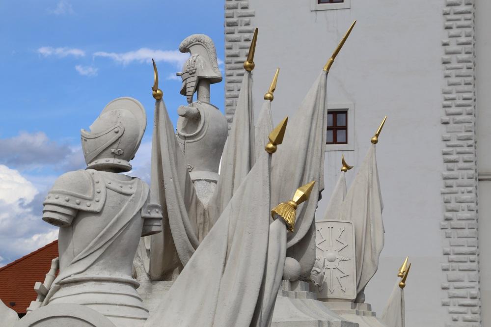 O Castelo de Bratislava, cartão-postal da capital da Eslováquia. (Foto: Nathalia Tavolieri / Viagem em Detalhes)