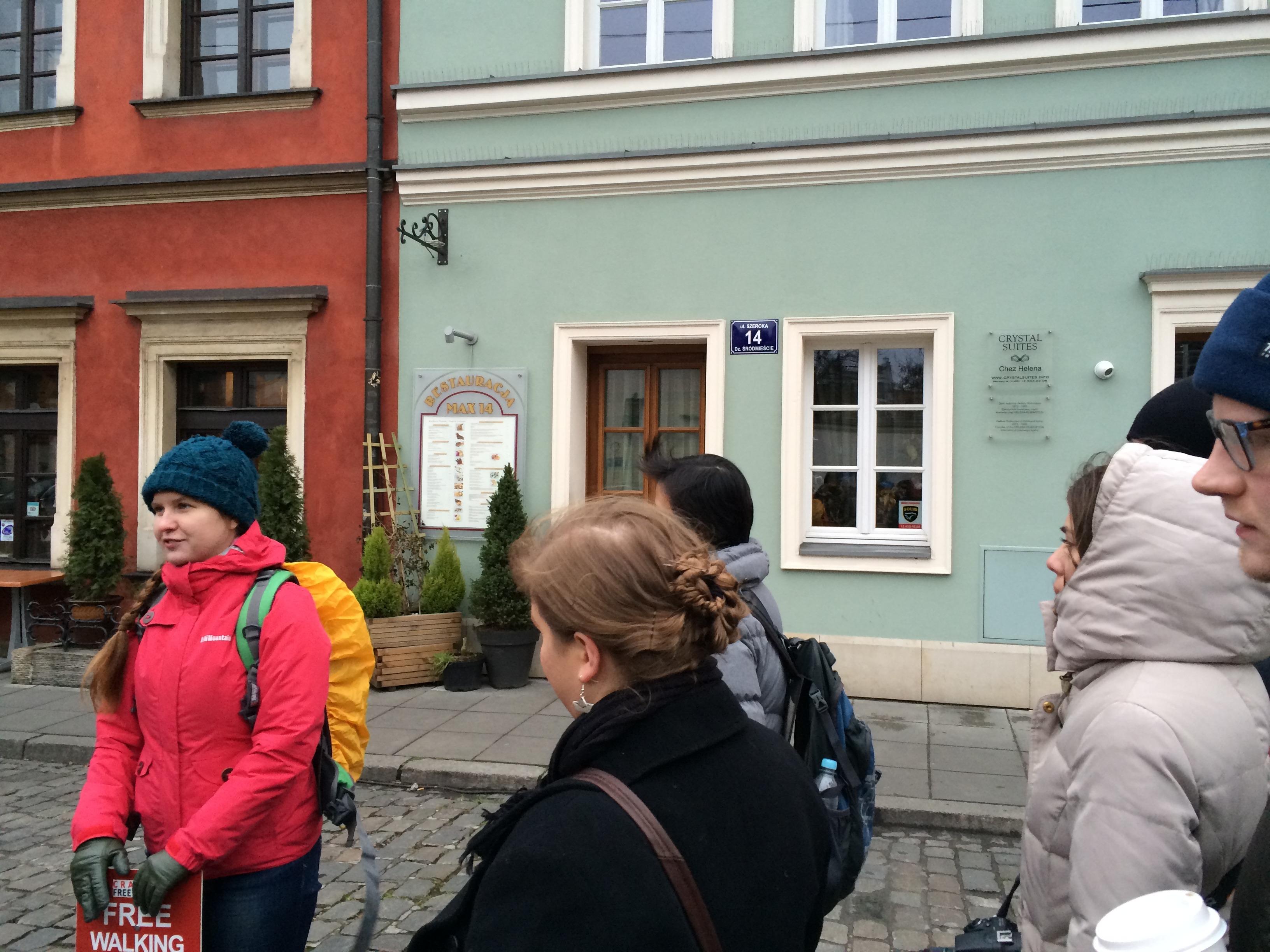 A guia do meu free walking tour em Cracóvia. (Foto: Nathalia Tavolieri)