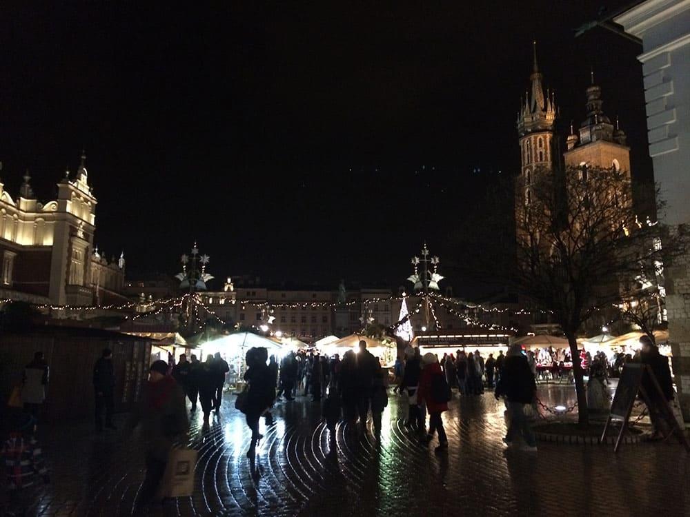 Feirinha de natal em Cracóvia! Conheça outras atrações da cidade nesse post!