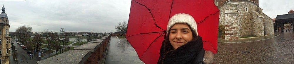 É preciso se preparar para o clima da Cracóvia no Inverno! Descubra o que fazer na cidade na estação mais fria do ano nesse post!