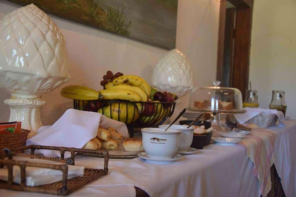 Chá da tarde na Fazenda Capoava! Conheça mais sobre esse hotel incrível pertinho de São Paulo nesse post!