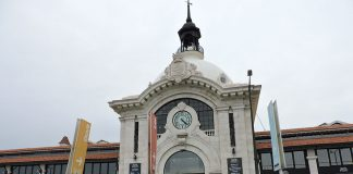 O Mercado da Ribeira é um passeio imperdível para quem visita Lisboa, em Portugal!