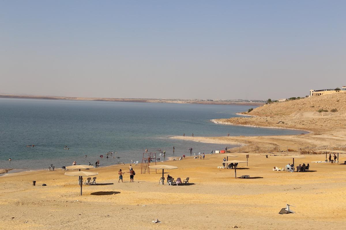 Praia de Amman Beach. (Foto: Nathalia Tavolieri)