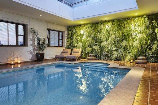 L'hotel piscina